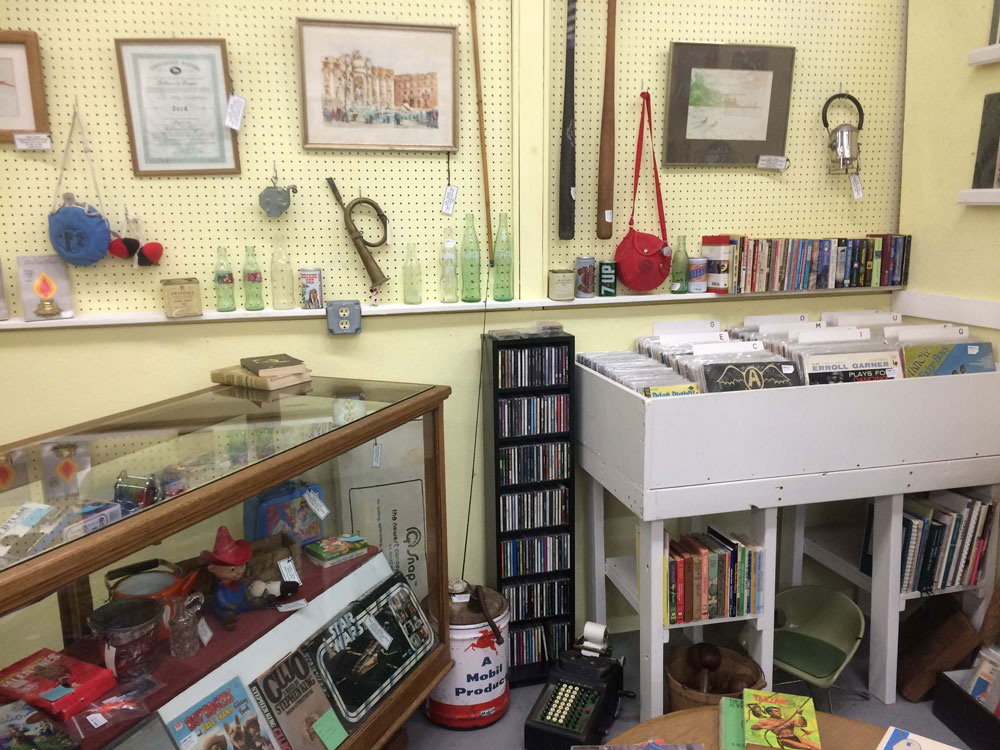 Suburban Antiquarian at Livingston Antique Outlet  Howell MI Booth 80